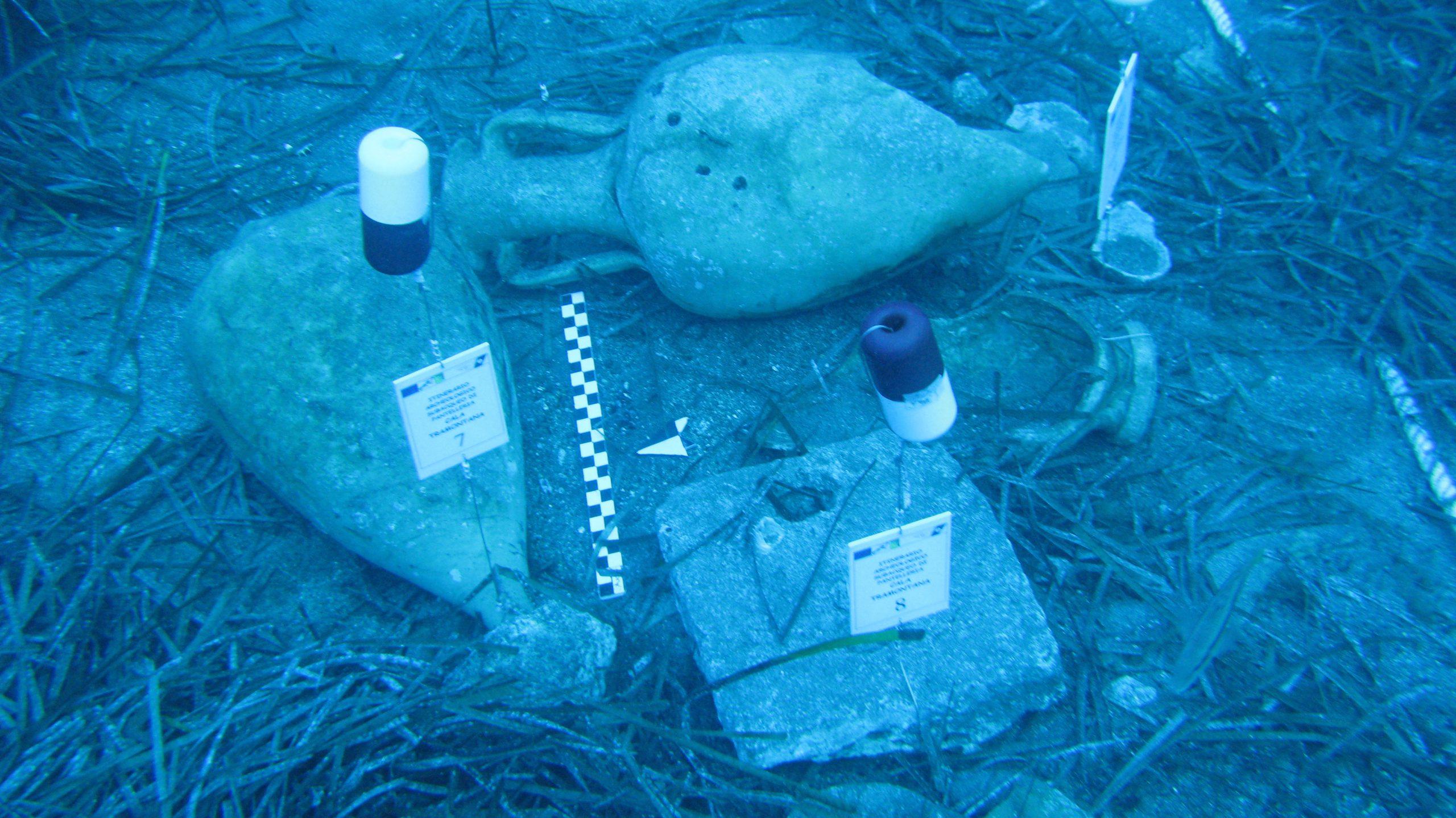 Reperti archeologici a Cala Tramontana Pantelleria