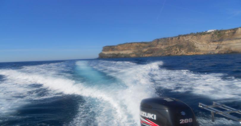 La costa stratificata di Ventotene