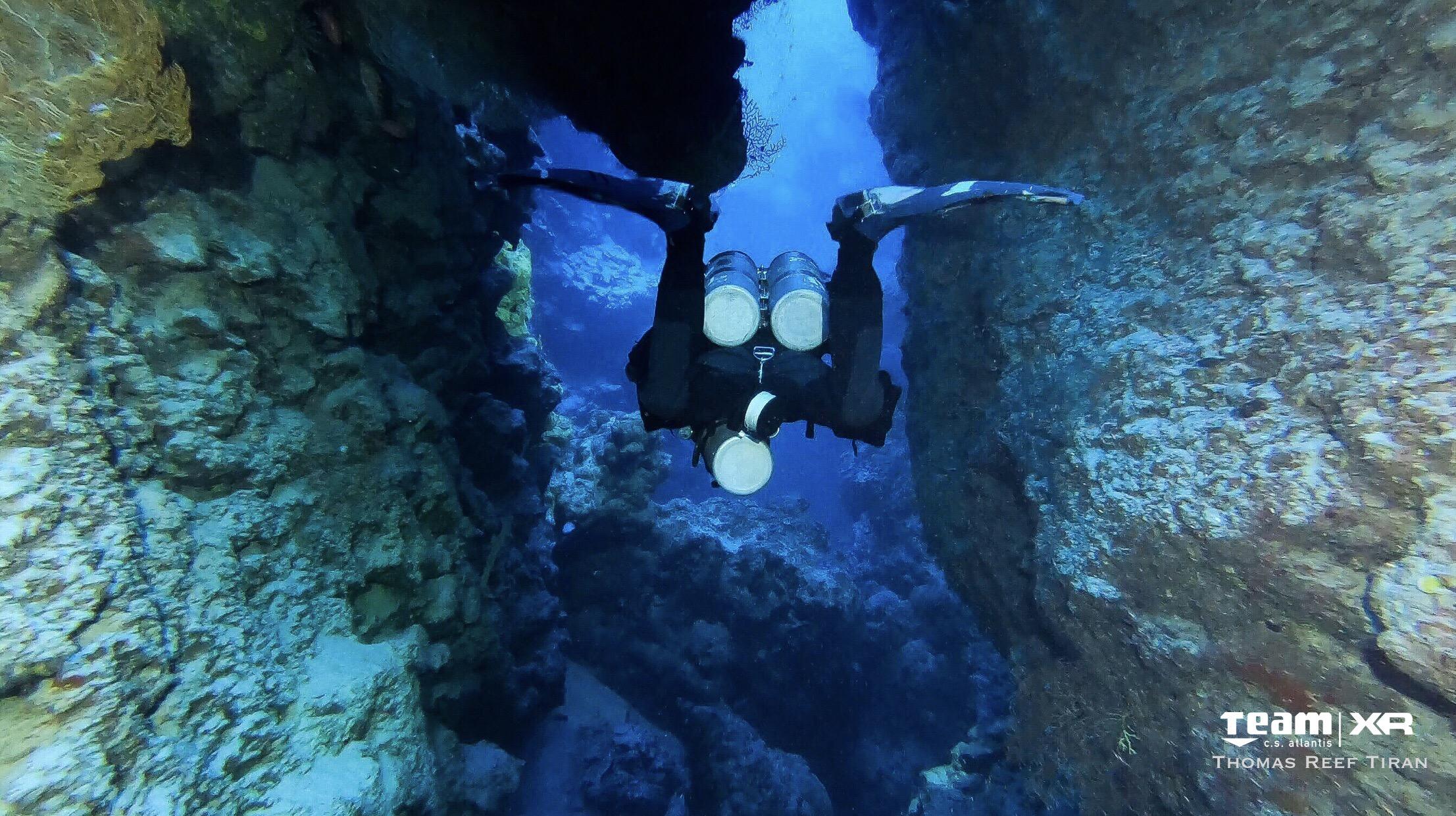 Il bibombola è il suo inseparabile compagno di immersione